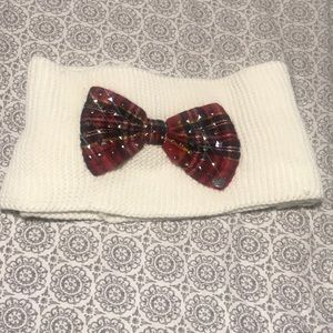 Betsey Johnson white scarf with red plaid bow